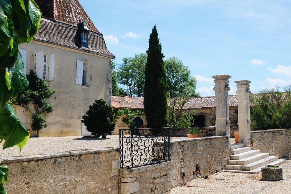 MiniVoodoo_Travel_Charente_Logis de Beaulieu (17).JPG