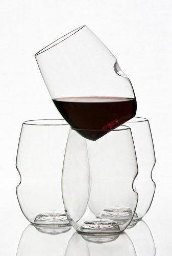 """Govino makes the Perfect Stocking Stuffer For the Wine-Loving Friend Who Always Says, """"I'll Just Have 1 Glass"""""""