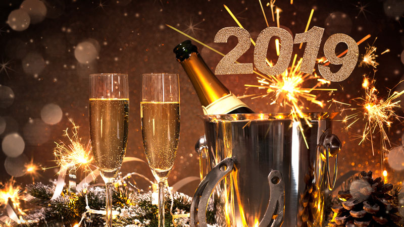 WE ASKED 10 SOMMS: WHAT ARE YOU DRINKING ON NEW YEAR'S EVE?