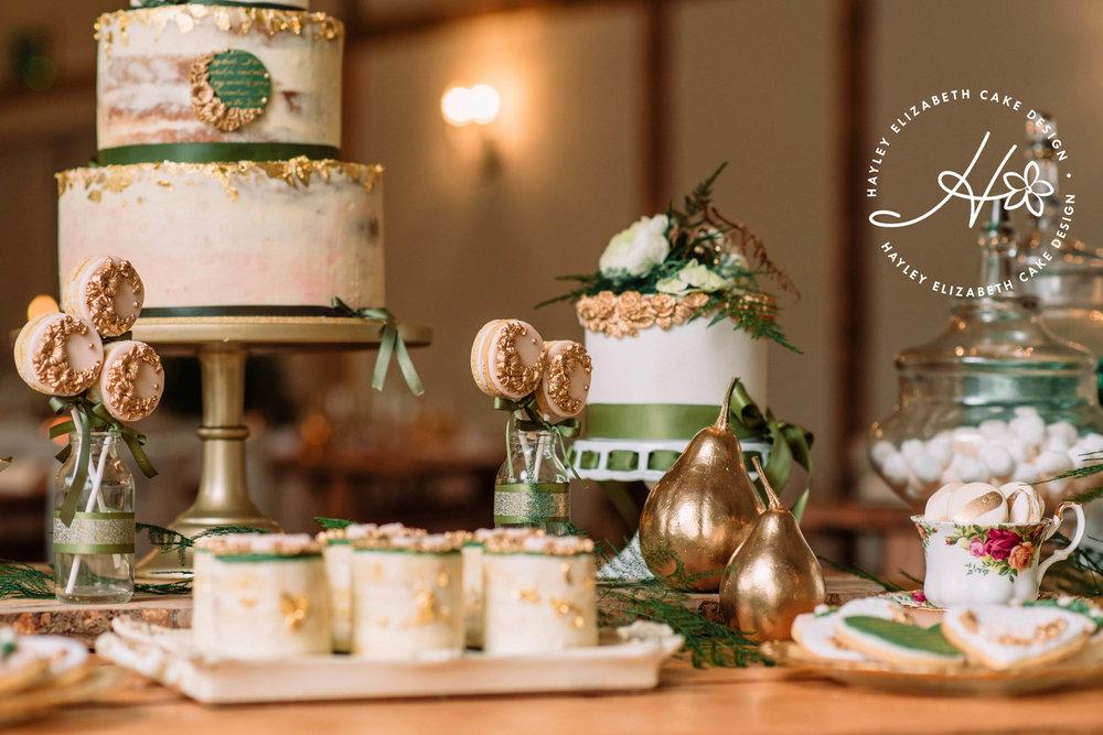 close-up-gold-leaf-desert-table.jpg