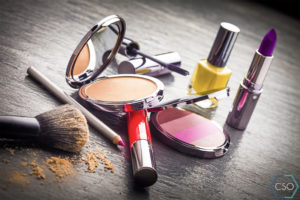 16 Things to Get Rid of Before the End of 2016 - Expired Cosmetics