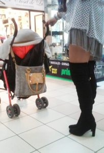 Pushing-stroller-at-the-mall-woman-in-Santiago-Chile-204x300.jpg