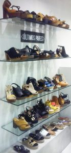Shoe-store-display-in-Santiago-Chile-139x300.jpg