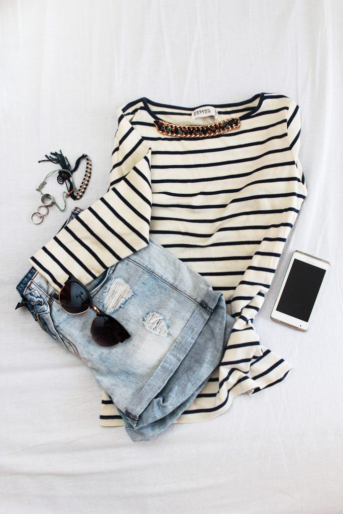Summer-Outfit-Stripes-Shorts-WP-683x1024.jpg