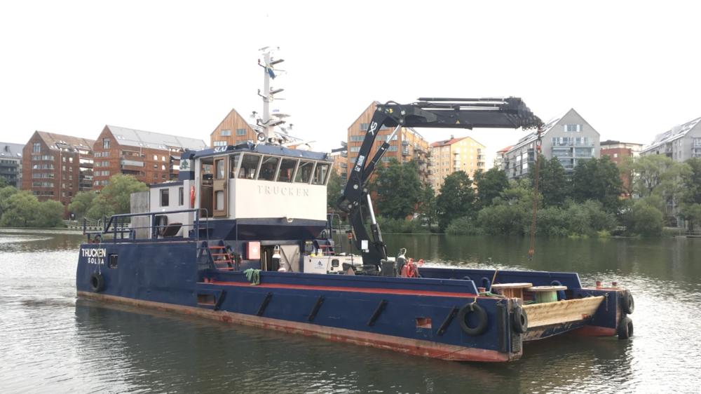 TRUCKEN - Typ: Arbets-/bogserbåtSignalbokstäver: SLAJLOA: 17.95 mBredd: 6,00 mGT: 59 ton