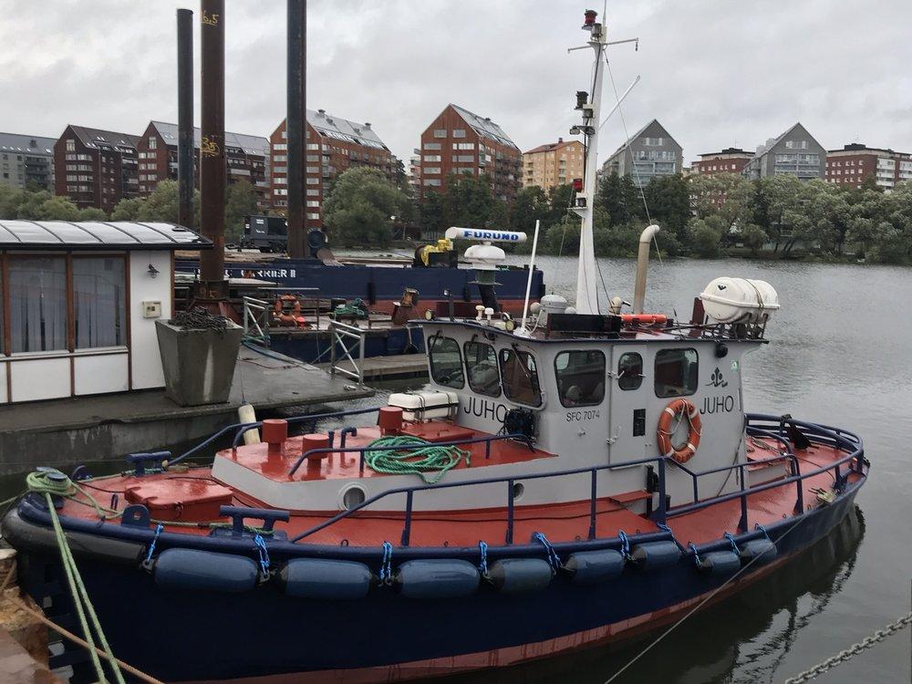 JUHO - Typ: bogserbåtSignalbokstäver: SFC-7047LOA: 12 mBredd: 3,85 mBP: 4 TGT: 12 t
