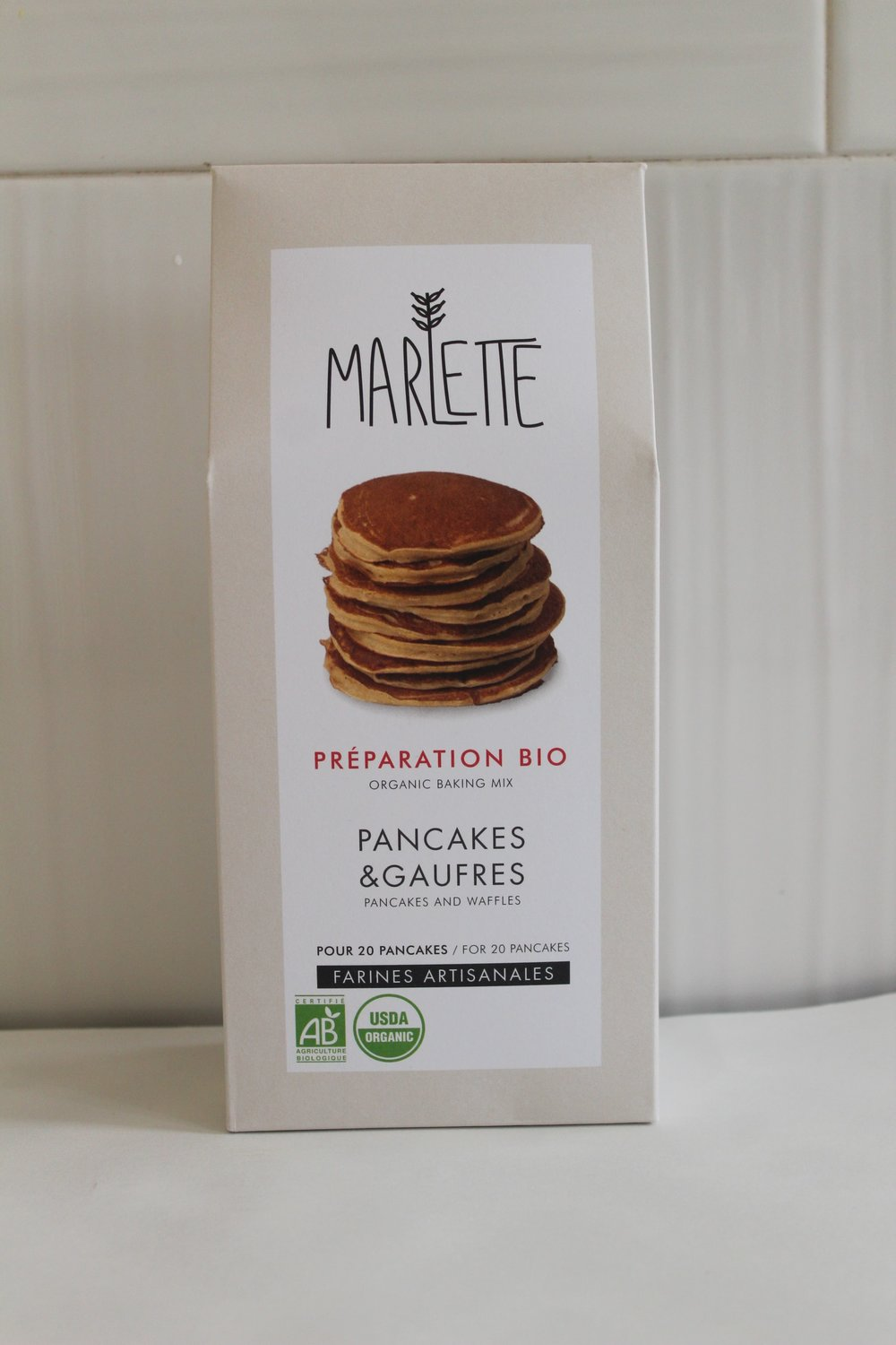 Pancakes Waffles mix  Marlette  - Baking mix for organic pancakes and waffles made with premium ingredients. Just add eggs, butter and milk and enjoy!Serve your pancakes with honey or jam. For energic mornings, add seeds or nuts to the dough and cook your pancakes as indicated on the recipe : it's crispy, full of vitamines, just what you need to boost your day !