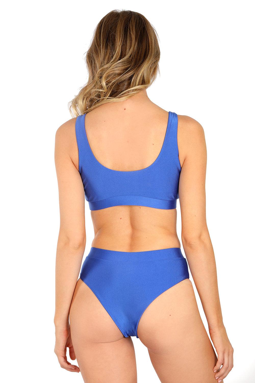 Tori-blue-back.jpg