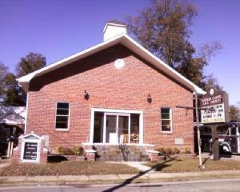 churchpic2248_iiq734.jpg