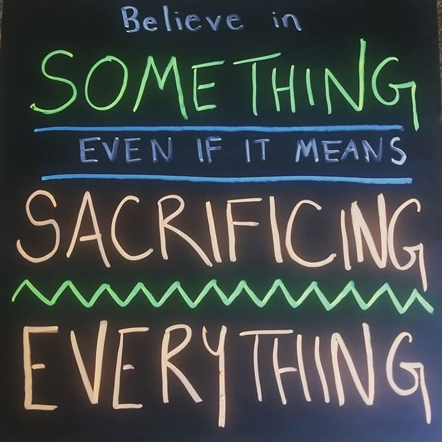 A little inspo from @nike and @kaepernick7 for my quote of the week this week. . . . . . . #huntressofhappy #inspirationalquotes #sacrifice #goals #goalsetting