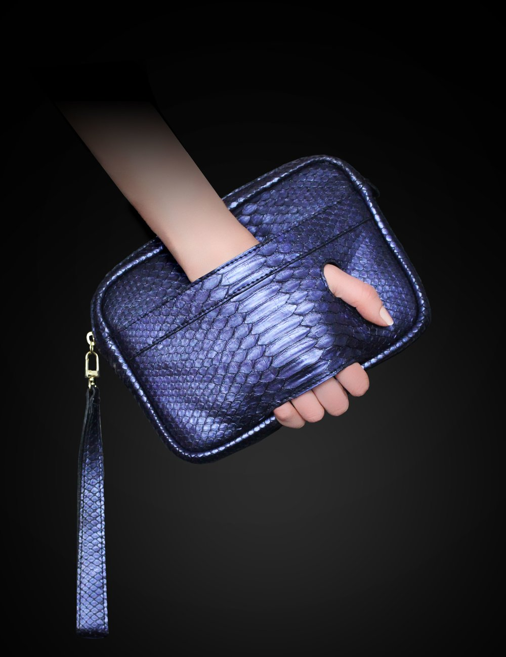 Intira Clutch - View The Details