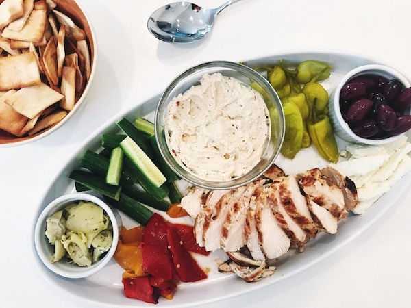 best_weekday_recipes_mediterranean_chicken_plate.JPG