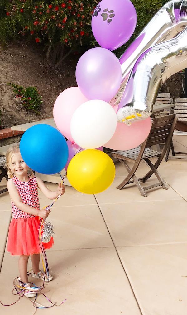simple_third_birthday_party_rosie_balloons.JPG