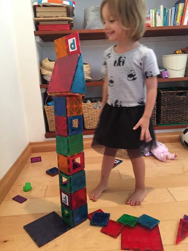 gender_roles_girls_toys_dollhouse_building_open_play.JPG
