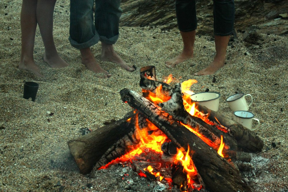 BEACH FIRE FEET IMG_0418.jpg