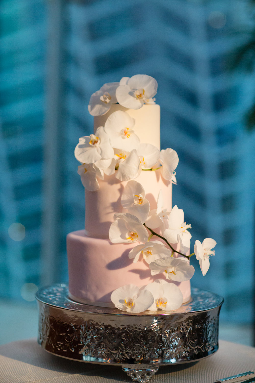 24 Kimmel Center Philadelphia Wedding.jpg
