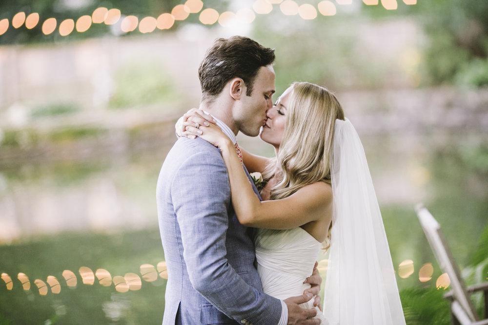 17 Wedding Planner Phila COVER.jpg
