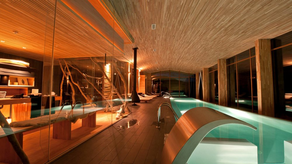 Spa-piscina-at-Tierra-Patagonia-Hotel-and-Spa-1600x900.jpg