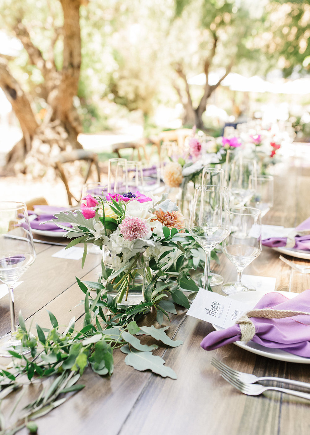 Rus-Farm-Wedding-Table-Garland-Healdsburg.jpg
