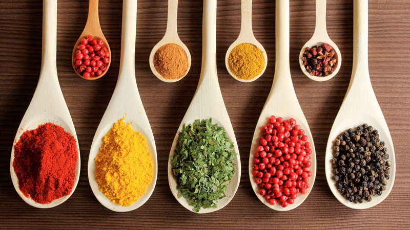 Herbs-Spices-for-Natural-Pain-Relief.jpg