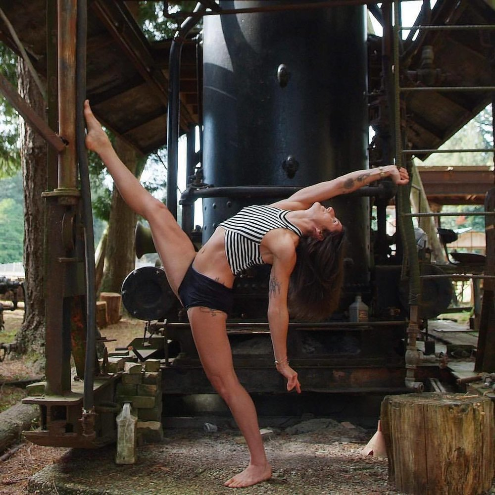 Summer Huntington , founder of  Clubbell Yoga  and Flow State Summit.