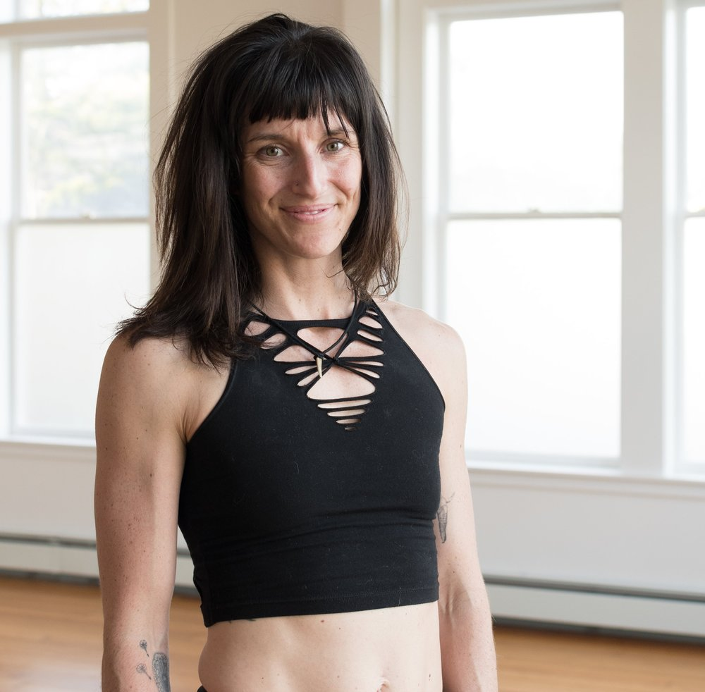 Summer Huntington loves everything Flow State. She founded the Flow Shala - unconventional training with a purpose featuring Steel Mace & RAD Roller self myofascial release tools. She directs and produces online fitness courses integrating ancient tools & modern wisdom (click link below). Summer has traveled to teach seminars for the past 6 years, and is shifting her focus on her local community integrating Flow and Corporate Wellness, as well as facilitating the second annual Flow State Summit.
