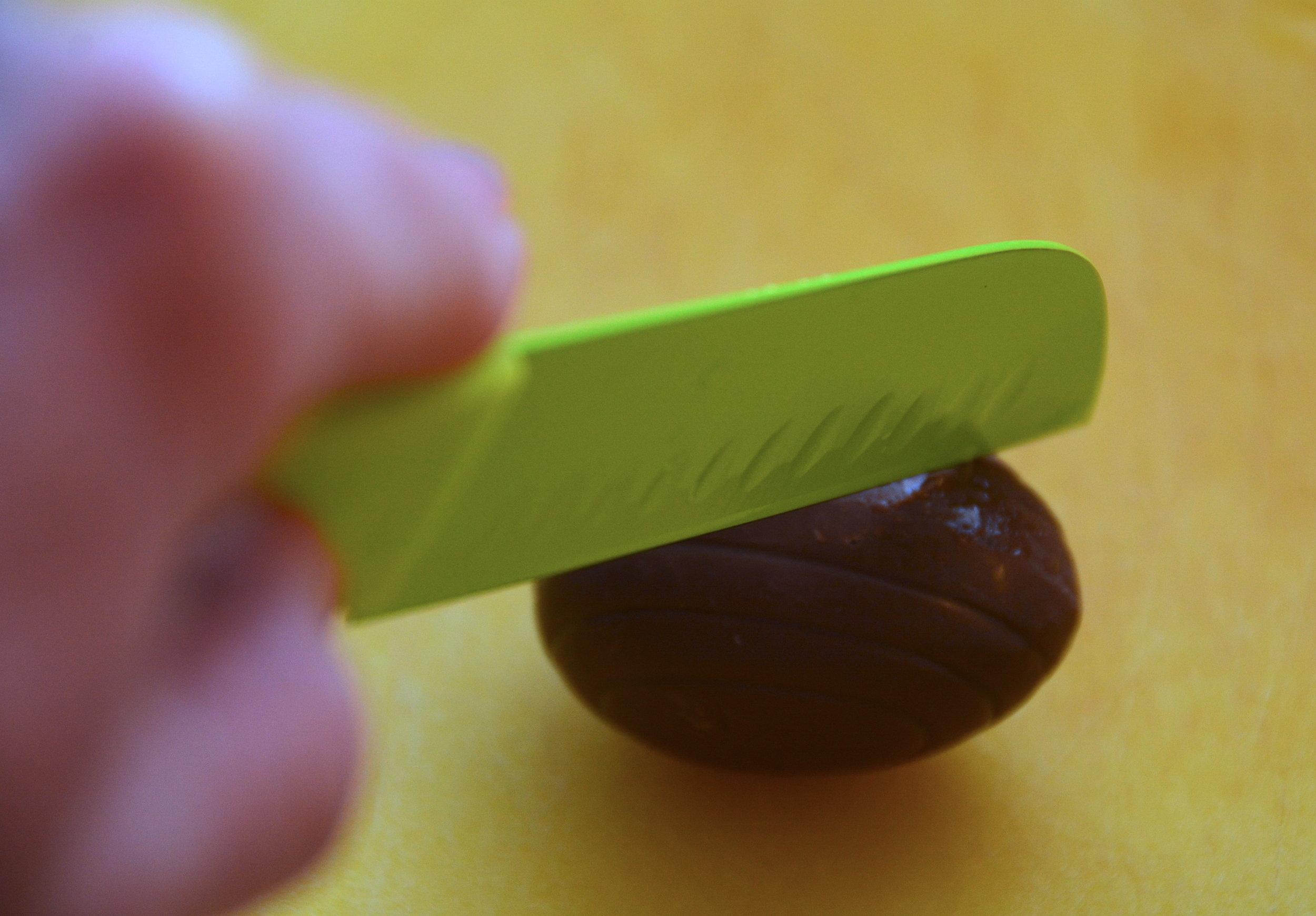 Cutting Egg