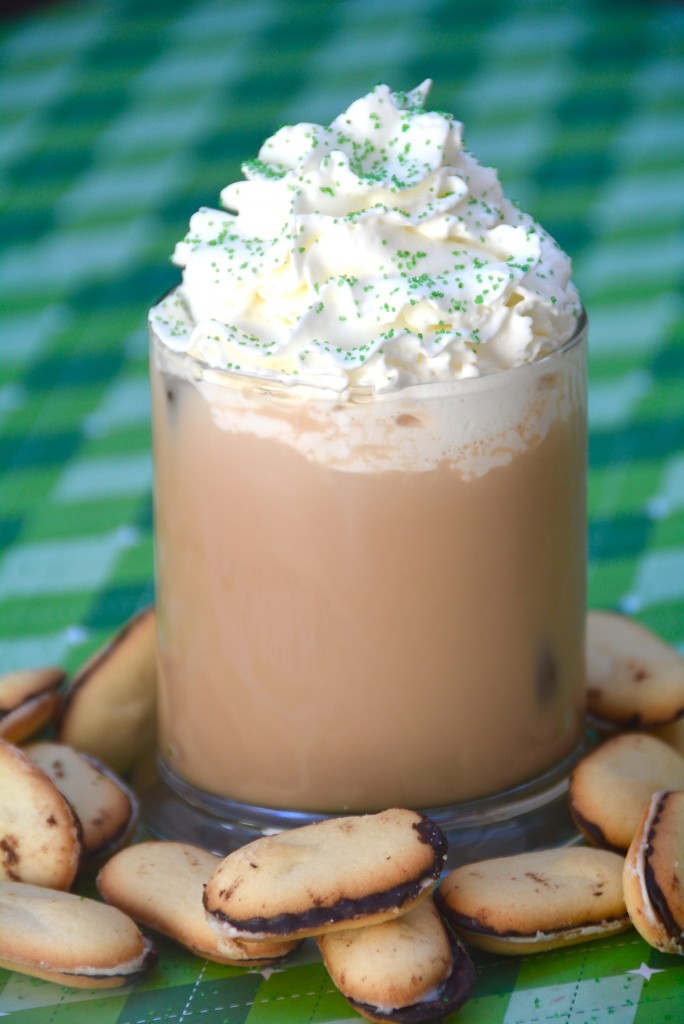 Chocolate Mint Cookie cocktail