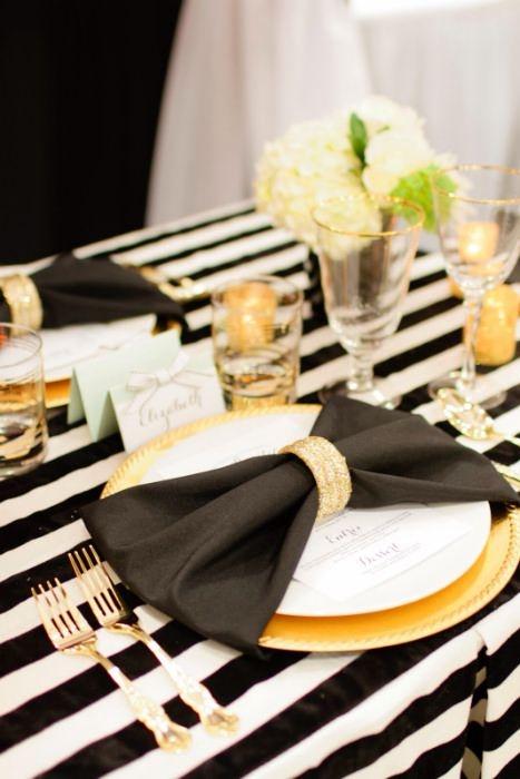 Black Dinner Napkin Linens, $0.20