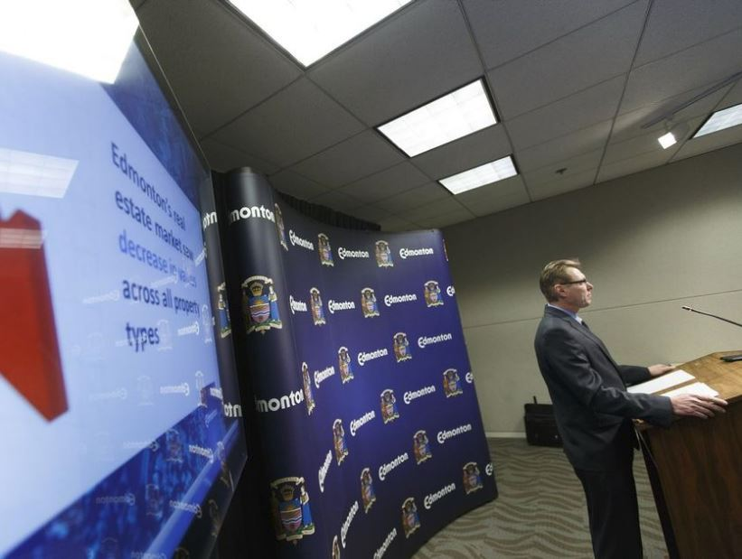 City assessment and taxation manager Rod Risling discusses annual property assessments at a news conference last January. -IAN KUCERAK /POSTMEDIA