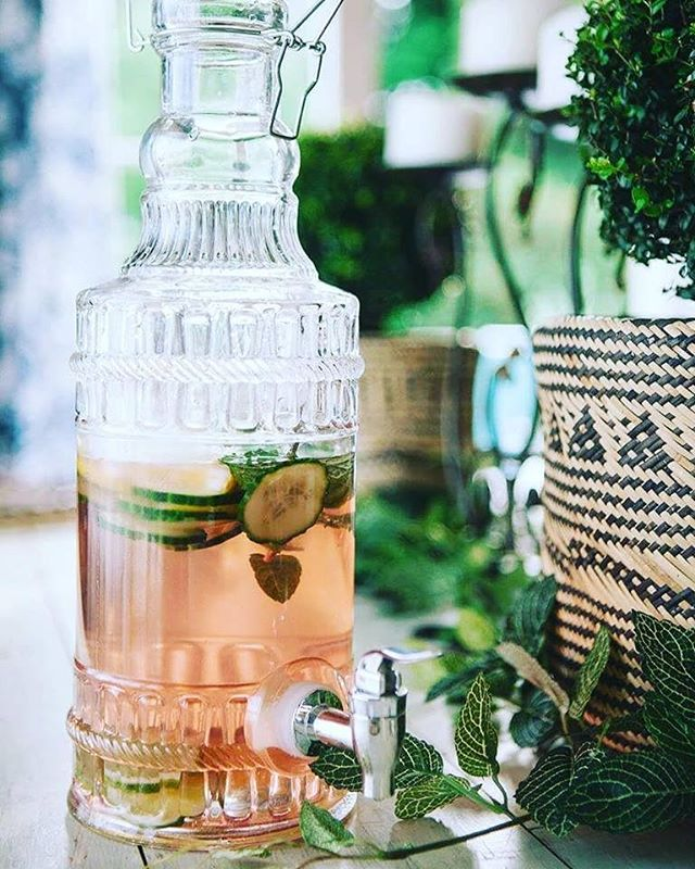 It's perfect 👍  iced tea weather! Today we're having Generositea the Bestow Sisterhood Tea that helps support vulnerable girls in rural Cambodia. We've iced it down and added mint, cucumber, lemon, lime. See our website for more details on the Bestow Sisterhood. - - #bestowbeauty #innerbeauty #holisticbeauty #tea #icedtea #herbaltea #organictea #generositea #bestowsisterhood #cambodiacharitabletrust #cambodianeducation #minttea