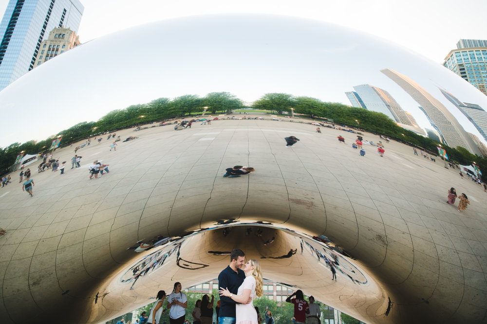 Engagement photographer in Chicago-11.jpg