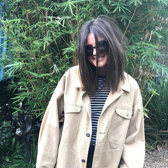 Shorter and darker on this babe today! #colour #redken #shades  #eq #texture #lob #hair #haircut #la #nyc #dubai #americansalon #reecewalkerhair  @bells_martin