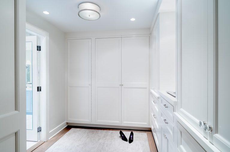 Best-Philadelphia-interior-designer-Glenna-Stone-Wynnewood-dressing-room-768x509.jpg