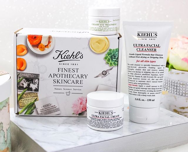 Healthy skin care starts with @kiehls. ⠀ 🧖🏻‍♀️Their iconic Ultra Facial Cleanser formula is Ph balanced to help maintain moisture within your skin barrier. 💧 ⠀ 💆🏻‍♀️The Ultra Facial Cream provides deep hydration while feeling lightweight, and the Creamy Eye Treatment with 🥑 gives your eyes the moisture they need. Try them all at @sephora 💕 ⠀ #HealthySkin #KiehlsGiftedMe #contest #complimentary @kiehls @Influenster