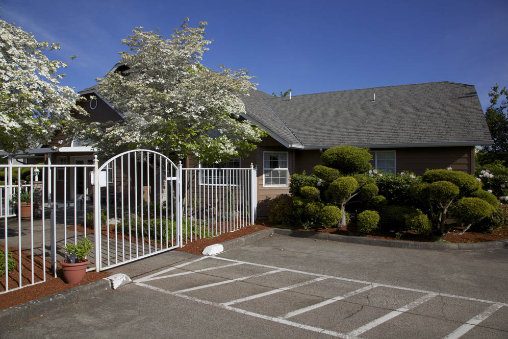 Gateway-Living-Assisted-Living-Springfield-Oregon-07.jpg