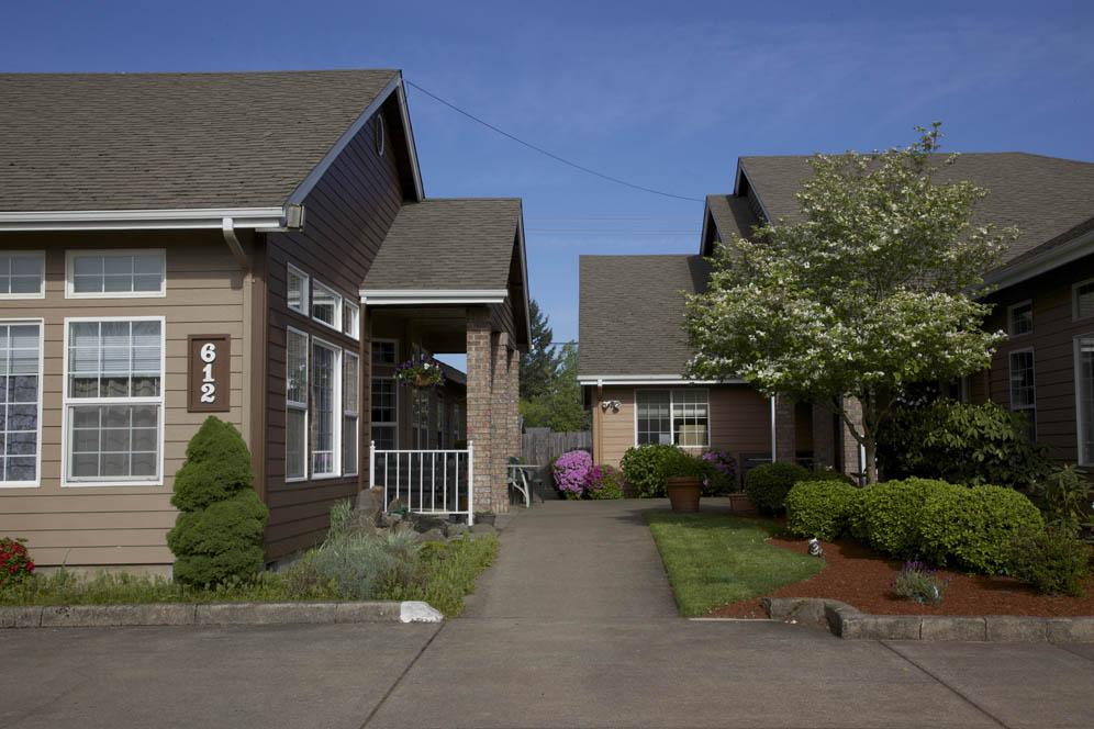 Gateway-Living-Assisted-Living-Springfield-Oregon-06.jpg