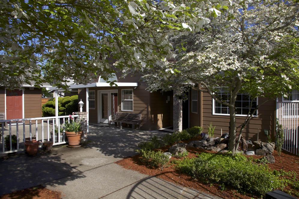 Gateway-Living-Assisted-Living-Springfield-Oregon-11.jpg