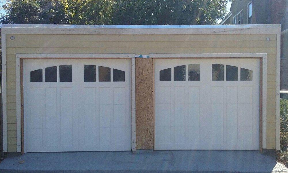 all bay garage doors - carriage house garage door - kevin chervatin - 65.jpg