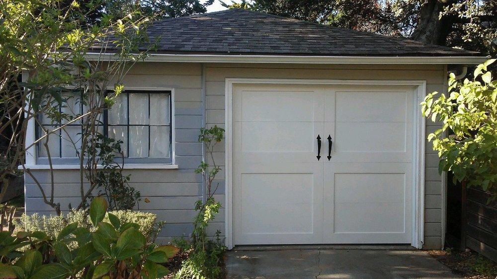 all bay garage doors - carriage house garage door - kevin chervatin - 62.jpg