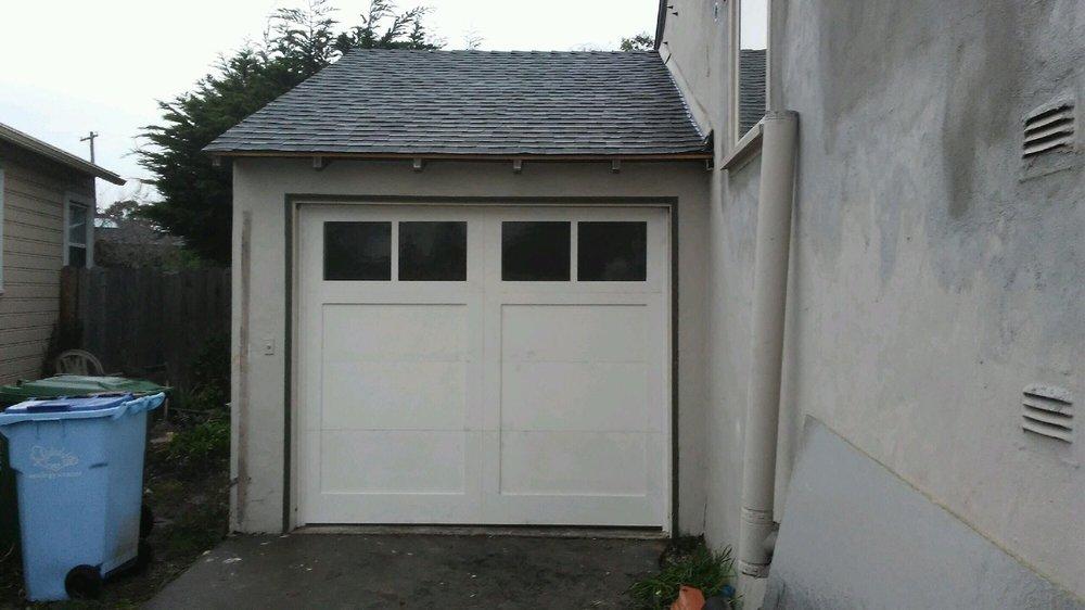 all bay garage doors - carriage house garage door - kevin chervatin - 58.jpg