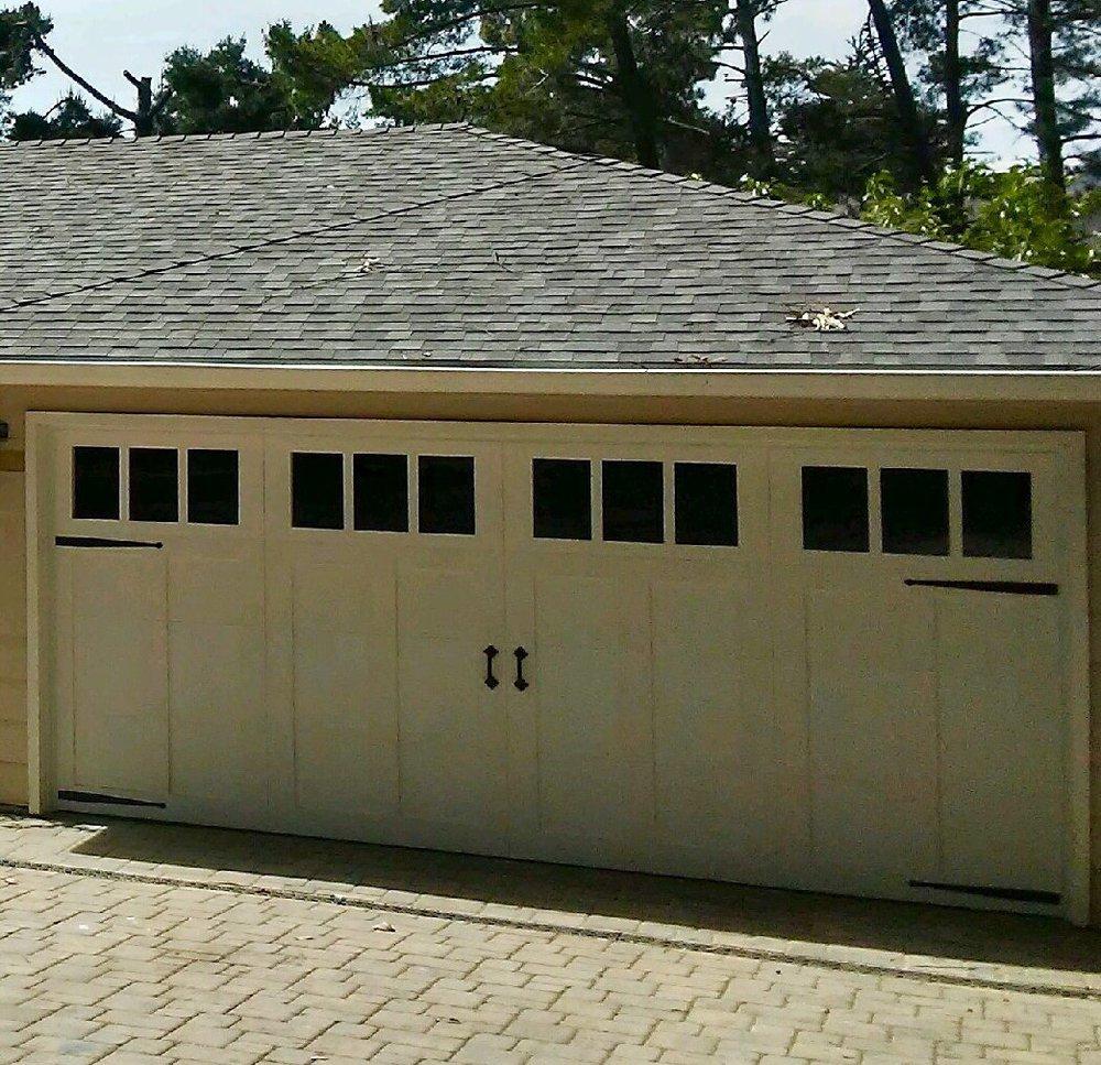 all bay garage doors - carriage house garage door - kevin chervatin - 44.jpg