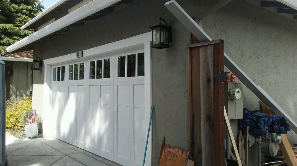 all bay garage doors - carriage house garage door - kevin chervatin - 42.jpg