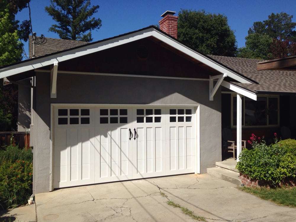 all bay garage doors - carriage house garage door - kevin chervatin - 37.jpg