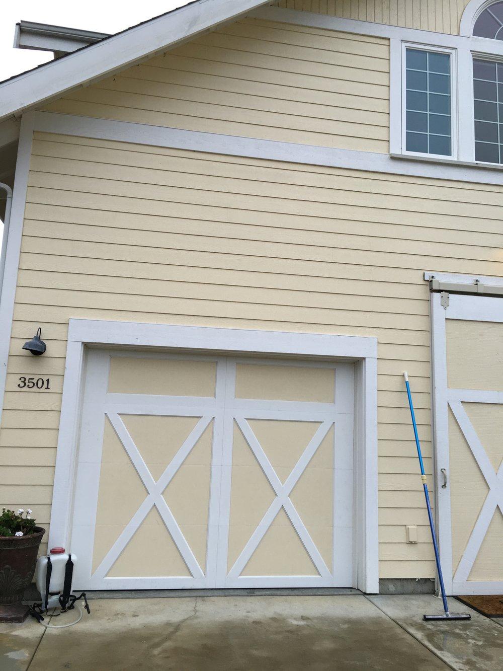 all bay garage doors - carriage house garage door - kevin chervatin - 24.jpg