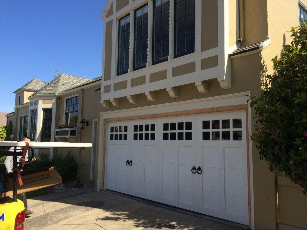 all bay garage doors - carriage house garage door - kevin chervatin - 16.JPG