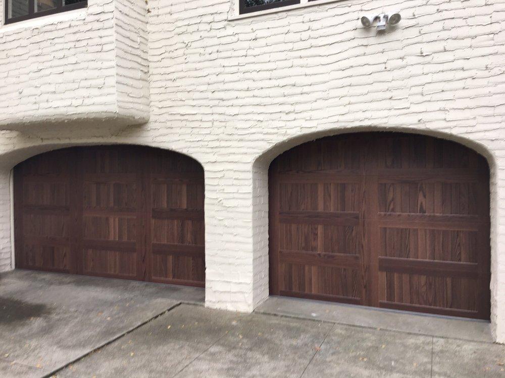 all bay garage doors - kevin chervatin - CHI faux woodtones garage door - 15.jpg