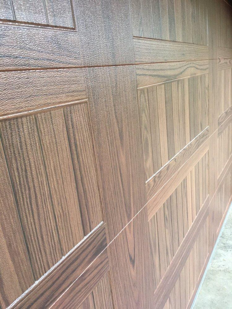 all bay garage doors - kevin chervatin - CHI faux woodtones garage door - 17.jpg