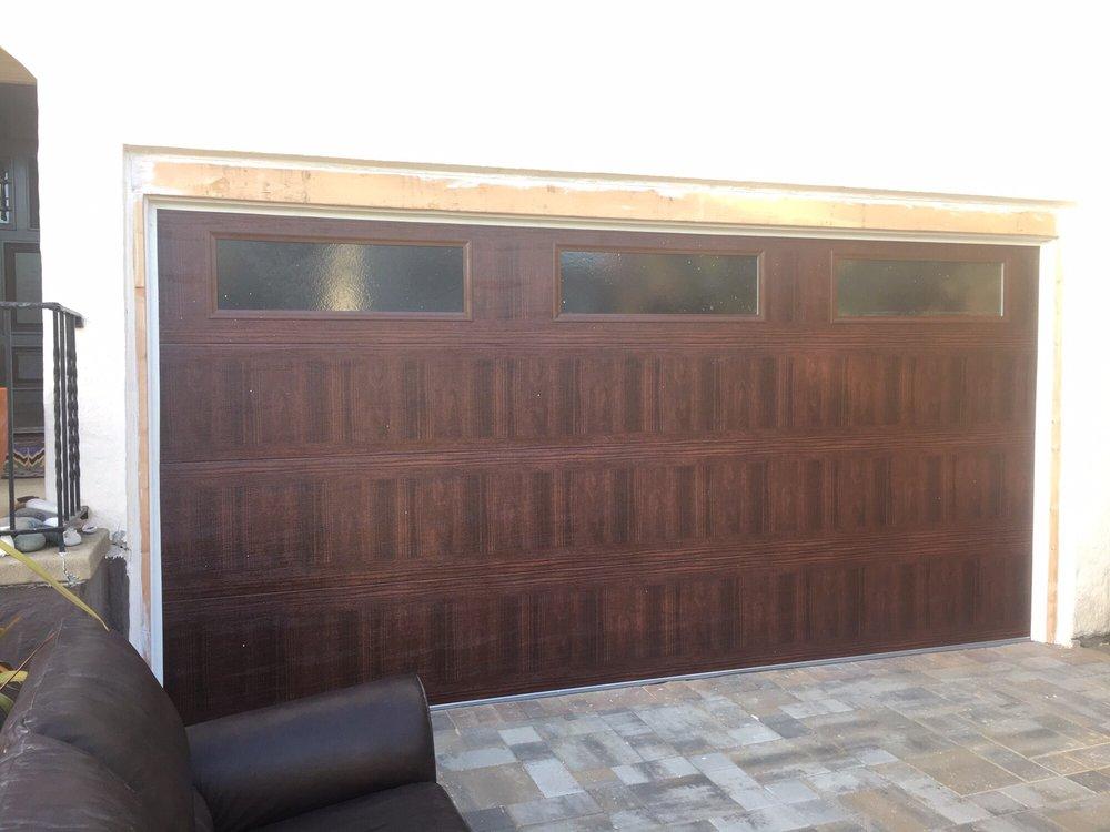 all bay garage doors - kevin chervatin - CHI faux woodtones garage door - 20.jpg