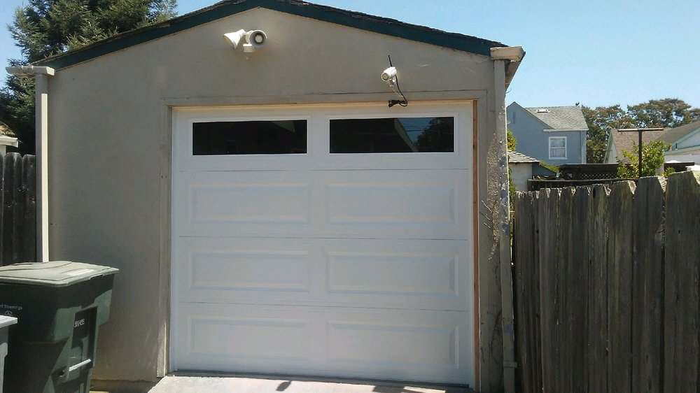 All Bay Garage Doors - Kevin Chervatin - Long Panel Steel Garage Doors - 8.jpg
